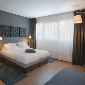 clermont ferrand hotels air corsica. Black Bedroom Furniture Sets. Home Design Ideas